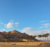 Ein Parkplatz in dem Toten Meer Stockfoto