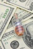 Ein Penny, der gesichert wird, ist ein erworbener Penny Stockbild