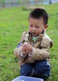 Ein Picknick in shengzhong See in Sichuan, Porzellan haben lizenzfreie stockfotografie