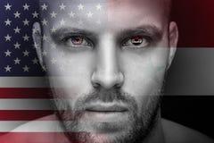 Ein Porträt eines jungen ernsten Mannes, in dessen Augen werden den Staatsflaggen reflektiert vektor abbildung