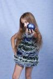Ein Portrait des Weihnachtsmädchens. Stockfoto