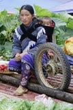 Ein Rad und ein Baby Stockfotos