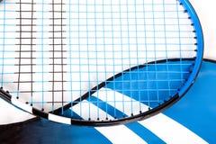 Ein raquet und ein Beutel Stockfotos