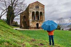 Ein regnerischer Tag bei Sankt MarÃa Del Naranco Stockfotografie