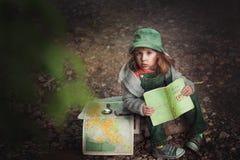 Ein Reisender des kleinen Mädchens Stockfotografie