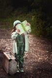 Ein Reisender des kleinen Mädchens Lizenzfreie Stockfotos