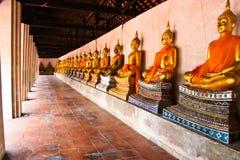 Ein rohes von Buddha Stockfotos