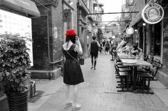 Ein roter Hut Stockbild