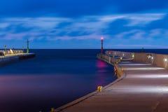 Ein ruhiger Hafenausgang Lizenzfreies Stockbild