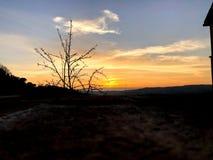 Ein ruhiger Sonnenuntergang in Italien lizenzfreie stockbilder