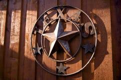 Ein rustikales Texas-Sternhängen Stockfotografie
