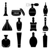 Ein Satz Flaschen, Dosen und Phiolen für Kosmetik, Hygiene und Galan Stockbild