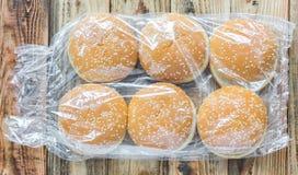 Ein Satz Hamburgerbrötchen Stockfotos