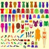 Ein Satz Kleidung der bunten Frauen Stockbild