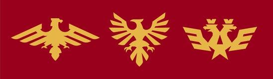 Ein Satz Logos, Wappenkunde, Adler Vogel, Flügel, Krone, Stern, russisches Symbol Vektorillustration, eine flache Art lizenzfreie abbildung