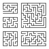 Ein Satz quadratische und rechteckige Labyrinthe mit Eingang und Ausgang Einfache flache Vektorillustration lokalisiert auf weiße Vektor Abbildung