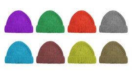 Ein Satz von acht Farbwoolen Kappen lokalisiert auf Weiß Stockfoto