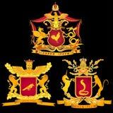 Ein Satz von drei königlich oder von galanten Armen auf einem schwarzen Hintergrund Lizenzfreie Stockfotos