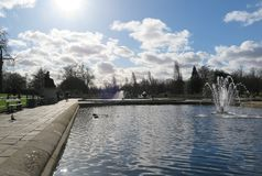 Ein schöner Tag in Hyde Park Stockbilder