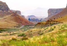 Ein schönes Tal in den Herbstfarben am Golden Gate-Naturreservat nahe Clarens, Südafrika Stockfotografie