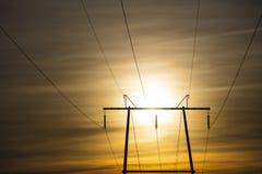 Ein Schattenbild der Stromleitung in Finnland Lizenzfreies Stockfoto
