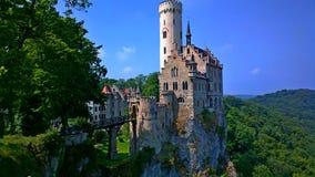 Ein Schloss in den Bergen Stockbild