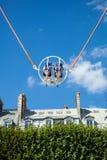 Ein Sommer Funfair in den Tuileries-Gärten, in der Mitte der Gleichheit stockbild