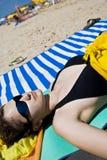 Ein Sonnenbad nehmen Stockfoto