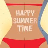 Ein Sonnenbad nehmende glückliche Sommerzeit des Mädchens Stockbilder