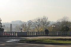 Ein Spätherbst in einem Stadtpark Lizenzfreies Stockfoto