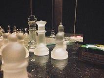 Ein Spiel des Schachs Stockfotos