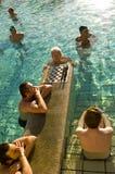 Ein Spiel des Schachs im Szechenyi Thermalbad Lizenzfreies Stockfoto