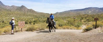 Ein Sporn-Kreuz-Ranch-Naturschutzgebiet-Eingang stockbilder