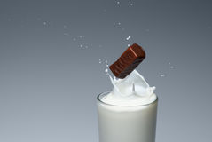 Ein Spray von Milch Lizenzfreies Stockbild