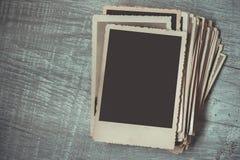 Ein Stapel alte Fotos Lizenzfreies Stockfoto