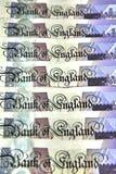 Ein Stapel der Banknoten der britischen Pounds Stockfotografie