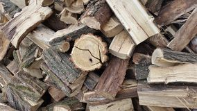 Ein Stapel des Brennholzes brennholz abholzung Stockfotografie