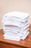 Ein Stapel Papiere Lizenzfreie Stockbilder