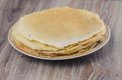 Ein Stapel Pfannkuchen Stockfotos