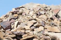 Ein Stapel von alten Ziegelsteinen Stockfotos