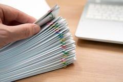 Ein Stapel von Dokumenten lizenzfreie stockfotografie