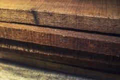 Ein Stapel von hölzernen Brettern Stockbild