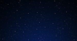 Ein sternenklarer nächtlicher Himmel. Lizenzfreie Stockfotos