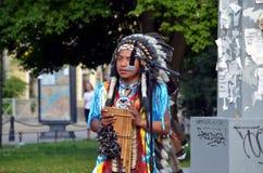 Ein Straßenmusiker lizenzfreies stockbild