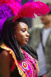 Ein Straßentänzer Karneval am London-Notting Hill Lizenzfreie Stockfotografie