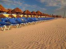 Ein Strandurlaubsort in Cancun Lizenzfreie Stockbilder