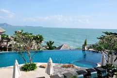 Ein Swimmingpool in Samui Thailand Stockbild