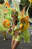 Ein Tänzer, der bei Notting Hill sich amüsiert Lizenzfreies Stockbild