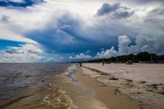 Ein Tag am Strand stockbilder
