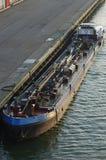 Stillstehender Tanker Lizenzfreie Stockfotos